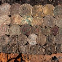Продолжение шурфа магазина: попытка найти более старый и 40 монет