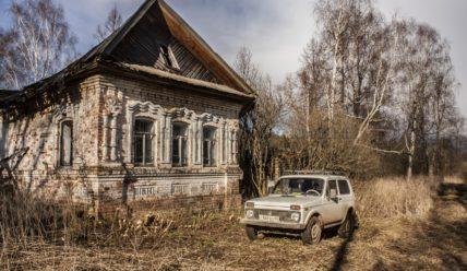 Восстановление старого дома в деревне. Весеннее продолжение работ