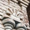 Декор старинного кирпичного крестьянского дома и его сакральное значение
